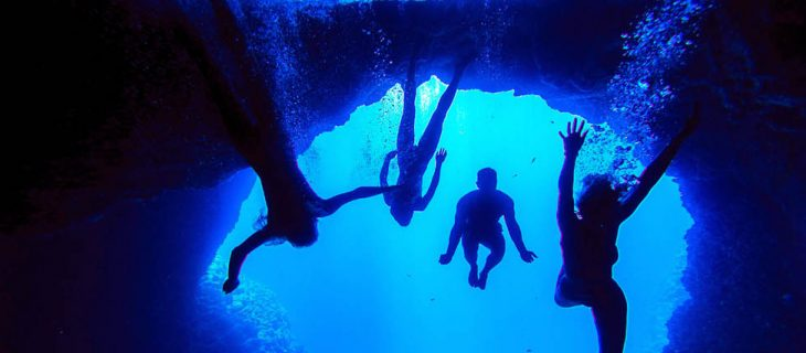 slideshow-blue-cave-1