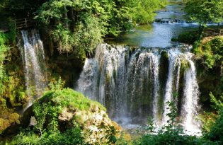 Plitvice lakes tour from Zagreb